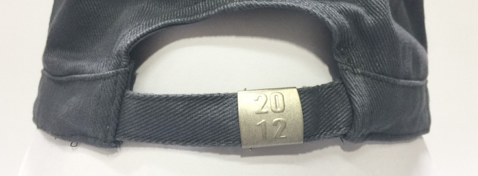 customized metal buckle with fabric strap closure